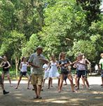 Play Tai Chi in Yangshuo park